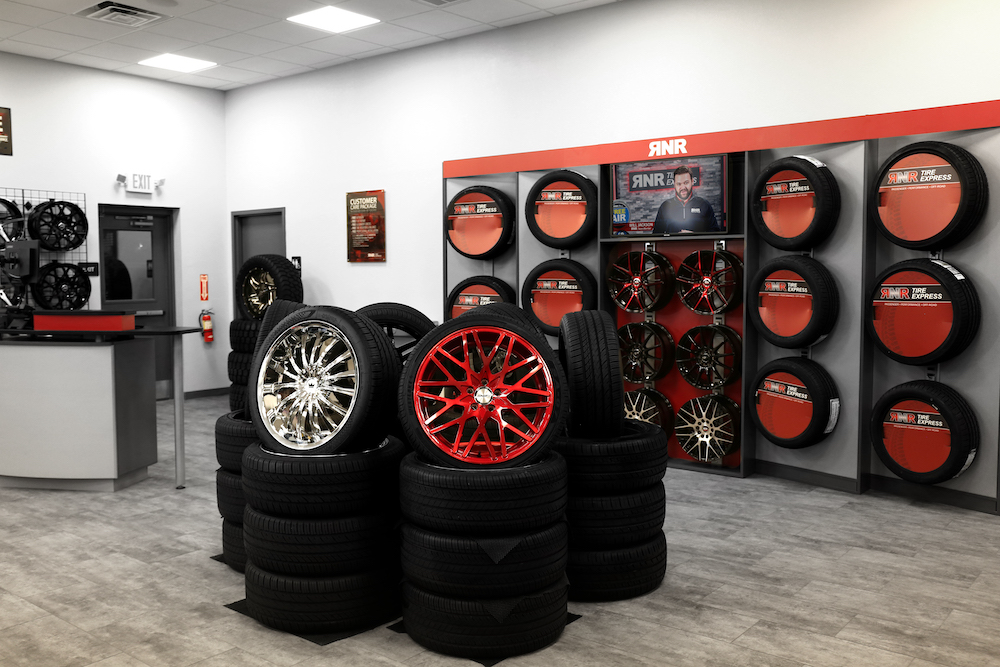 franchising experts pick RNR Tire Express as the next big brand
